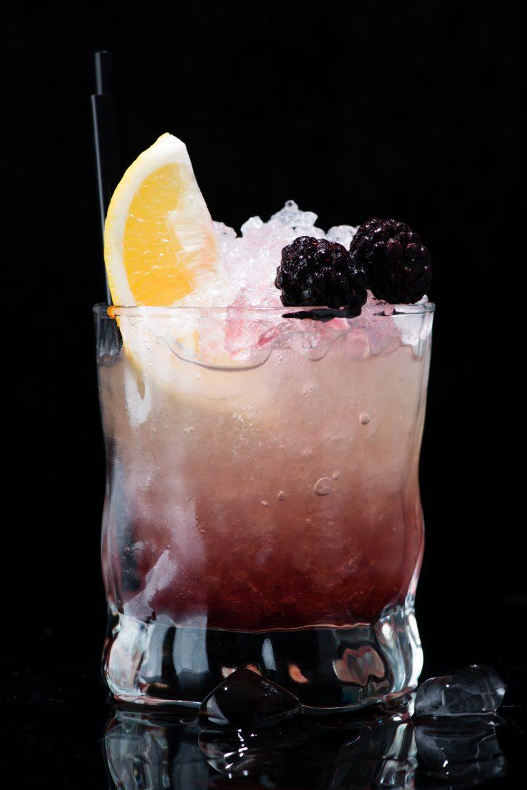Zo maak je een bramble cocktail