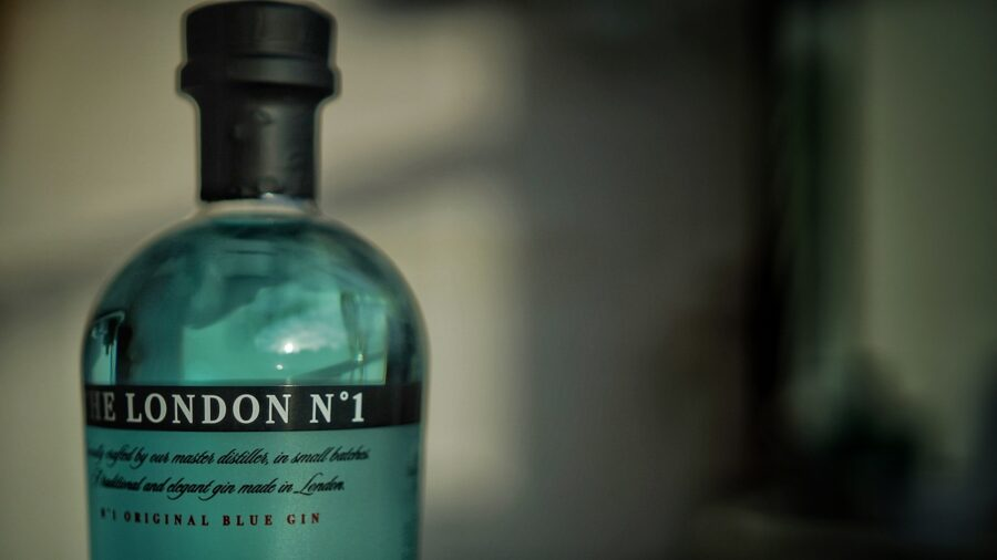Flavoured Gins The Art of Drinks Fotocredits Albert van Beeck Calkoen Gin