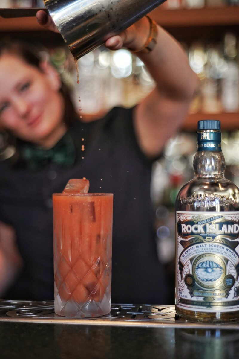 Rock Oyster Bloody Joseph whisky cocktail Cecile Fayn